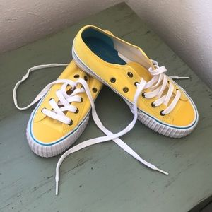 Yellow PF Flyers // 💛 Sneakers